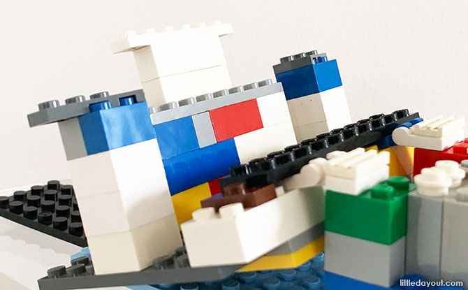 LEGO Mobile Phone Cradle