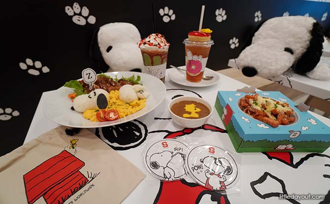 Cafe Food at Snoopy Cafe