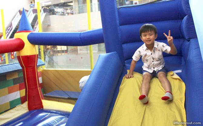 Happy Castle's Bouncy Castle Slide