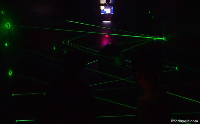 Laser Maze Spaceship