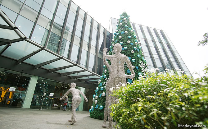 Festive Christmas Installations at the Mall