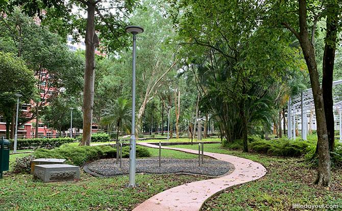 Brontosaur Park: Pasir Ris