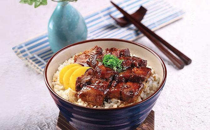 garlic fried rice with braised pork belly
