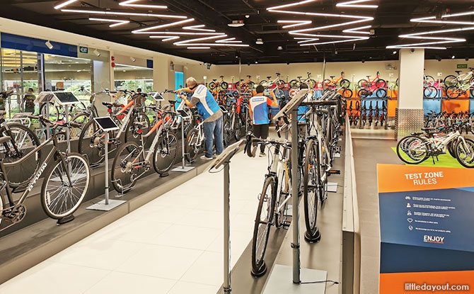 Decathlon Centrepoint: Sports Spot at Orchard