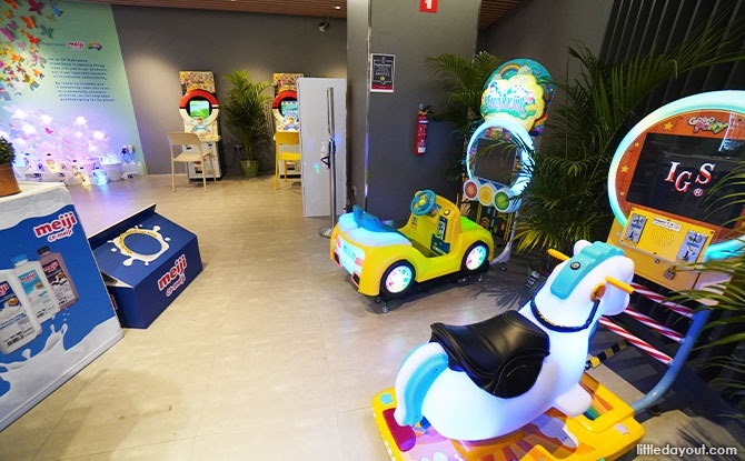 kids play area FairPrice Xtra Parkway