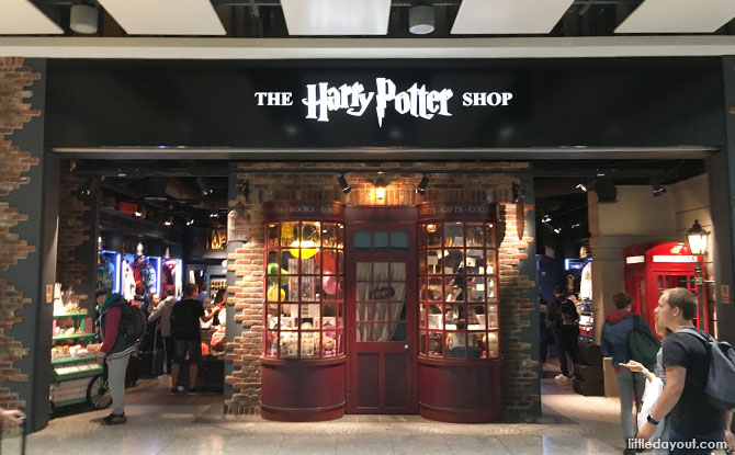 The Harry Potter Shop at Heathrow Terminal 5, Transit Area