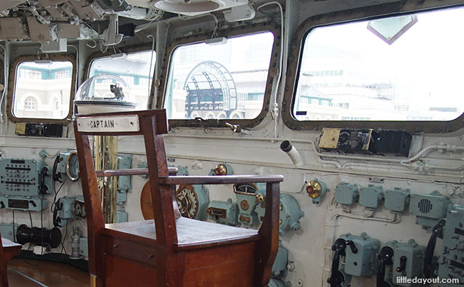 Take a photo on the Captain's chair