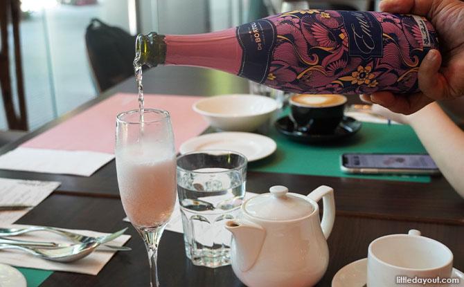 De Bortoli Emeri Pink Moscato Sparkling Wine