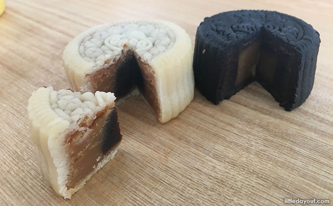 Oreo mooncakes in Singapore