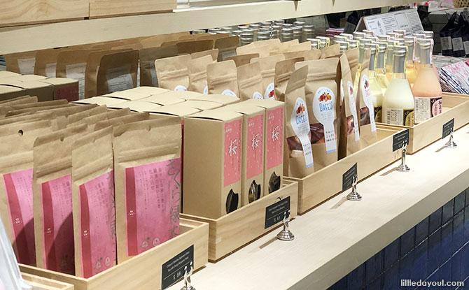 JW360° retail section, Nomono
