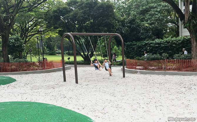Swings, Tiong Bahru Park