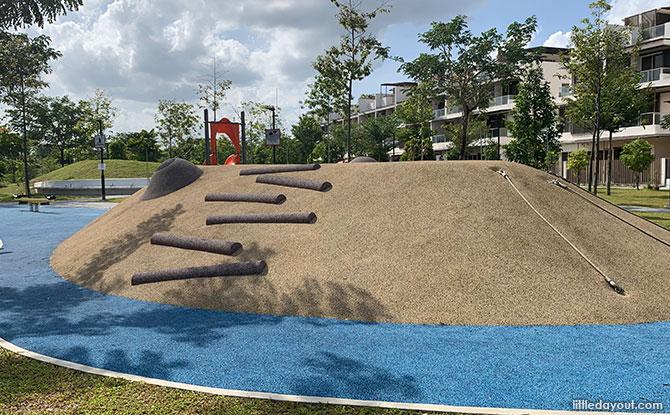 Ang Mo Kio Linear Park Playground