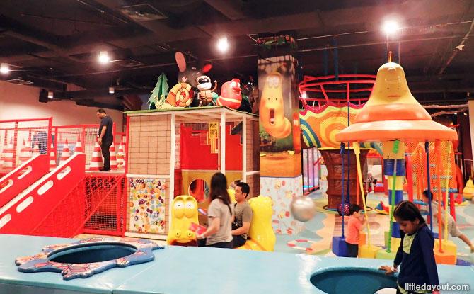 Larva Underground Adventure World Playland