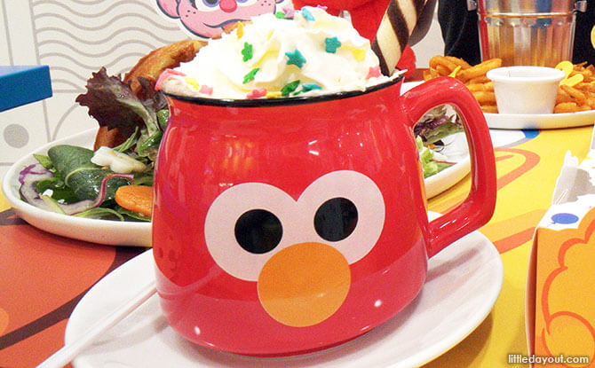"""LA LA LA"" Elmo hot chocolate cup"