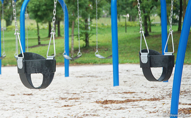 Bucket Swings, Bishan Park