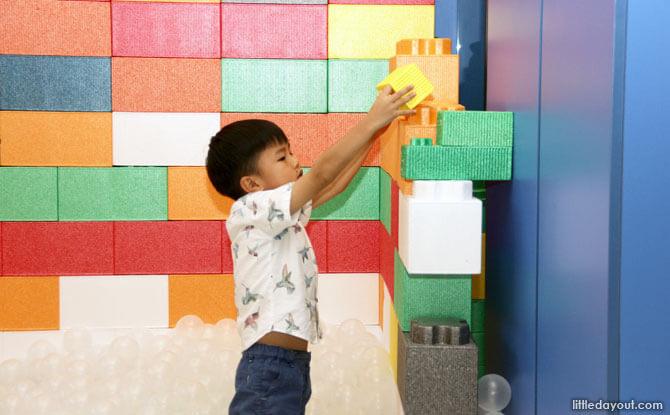 Bricks Land at Happy Castle, Seletar Mall