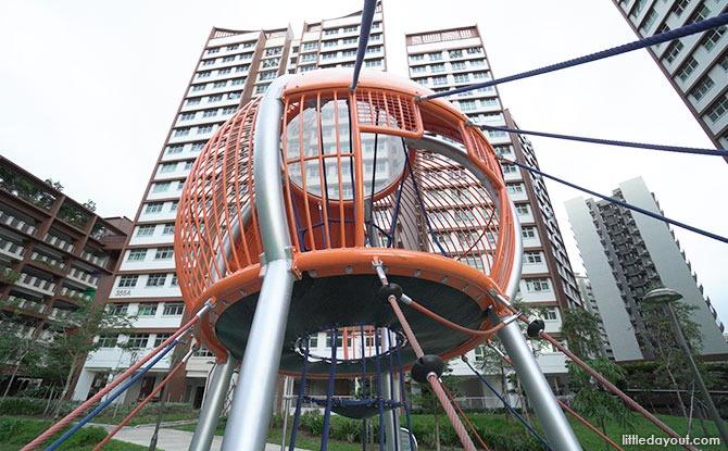 09 jellyfish playground