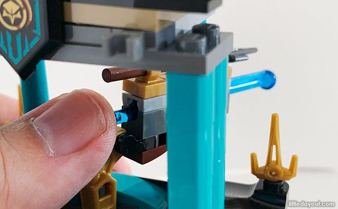 Shooting gun, LEGO Playset - Temple of the Endless Sea