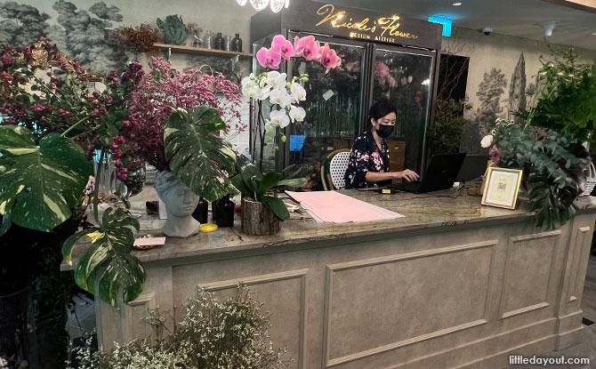 Buy a custom bouquet at Le Jardin