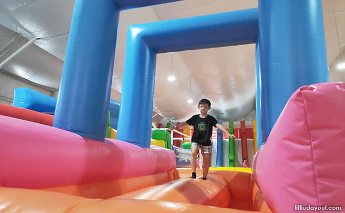 Fun at Bouncy Paradise, People Up Pandan Gardens