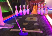 Holey Moley Singapore: Mini Golf At Clarke Quay