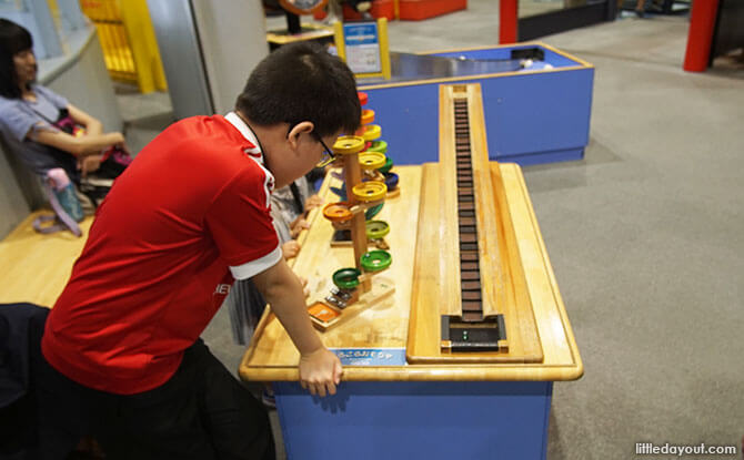 Hands-on exhibits at the Osaka Science Museum