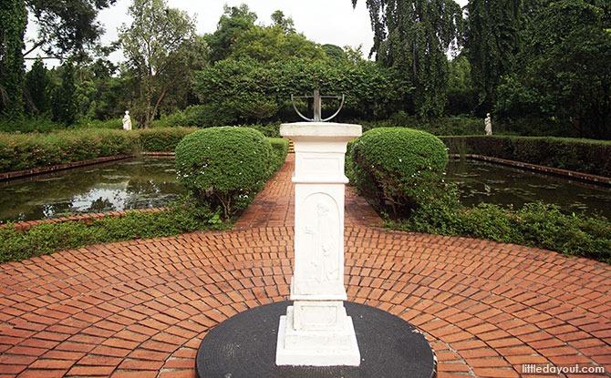 Sundial at Singapore Botanic Gardens