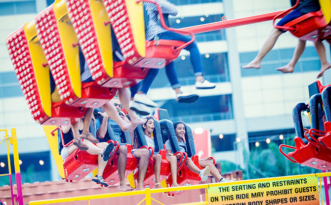 Freak Out - Rides at Prudential Marina Bay Carnival