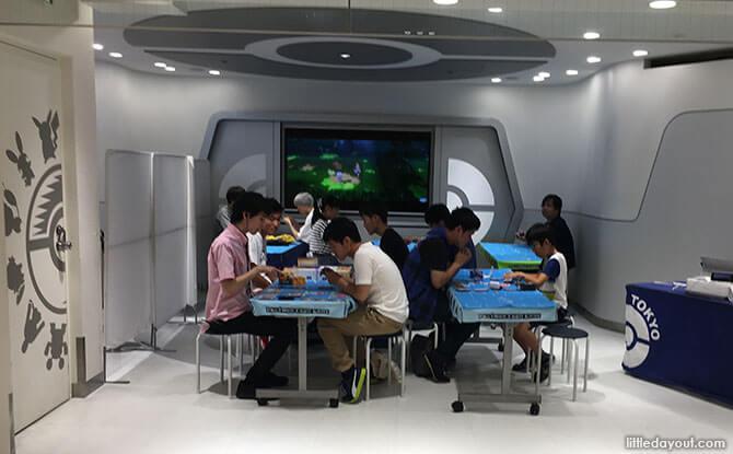 13 Pokemon Center Mega