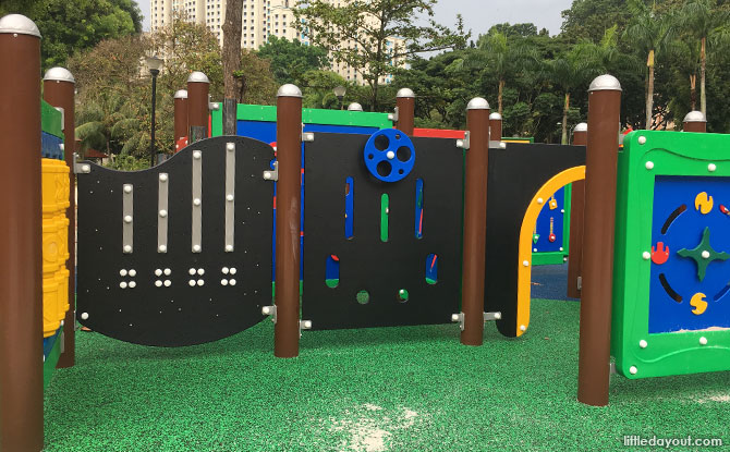 Maze at the Tiong Bahru Park Playground