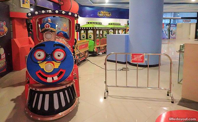 Cartoon Planet Express Ride