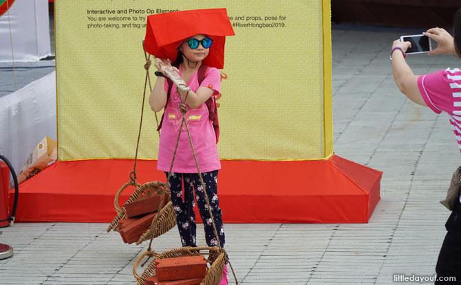dress up as a Samsui Woman
