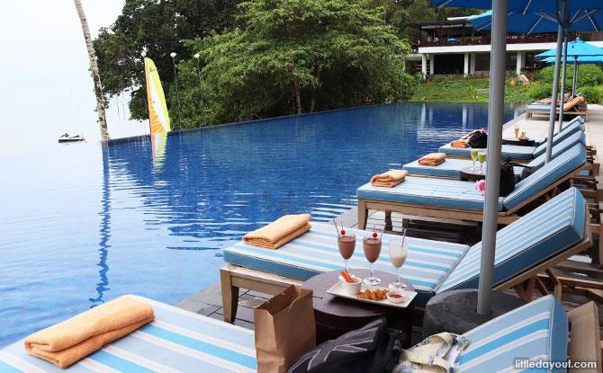 Infinity Pool, The Residence Bintan