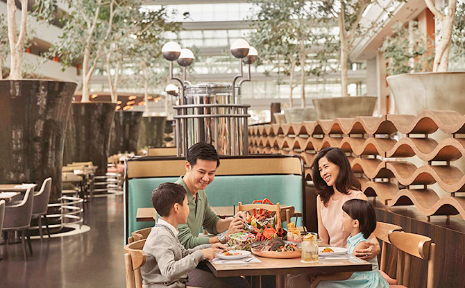 Marina Bay Sands RISE Refreshes Dining Menu Featuring Iconic Local Delights