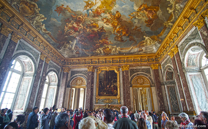 Versailles is known for its opulence and, in this respect, it lives up to this reputation.