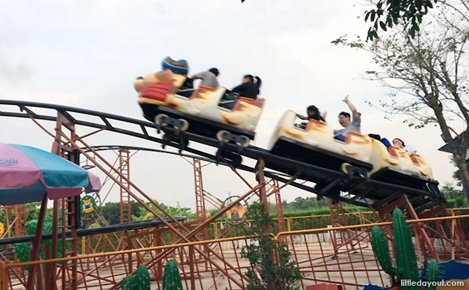 Thunderbird ride, Dream World Bangkok Amusement Park