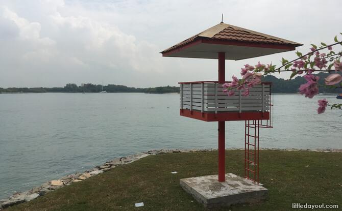 4 lifeguard tower e