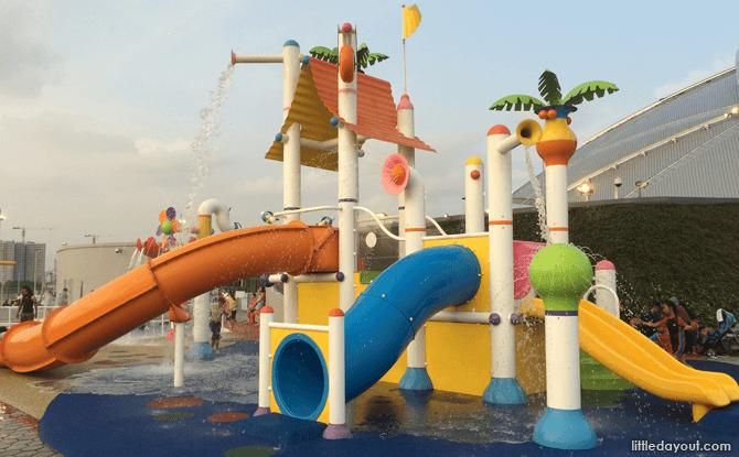 Kallang Wave Shopping Mall Water Playground