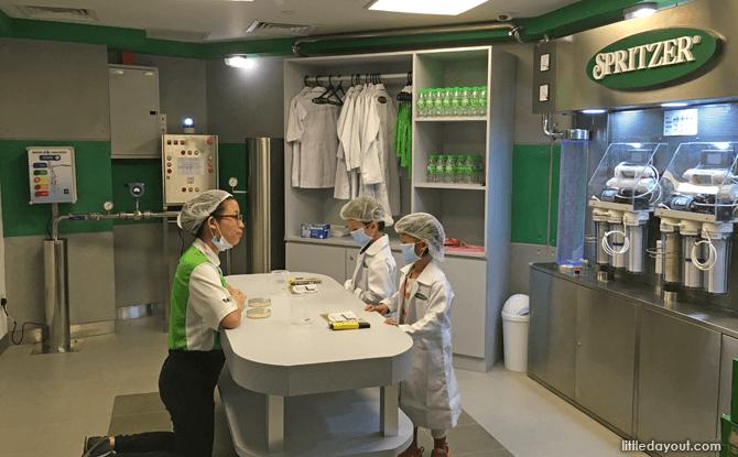 Kidzania scientists role-play