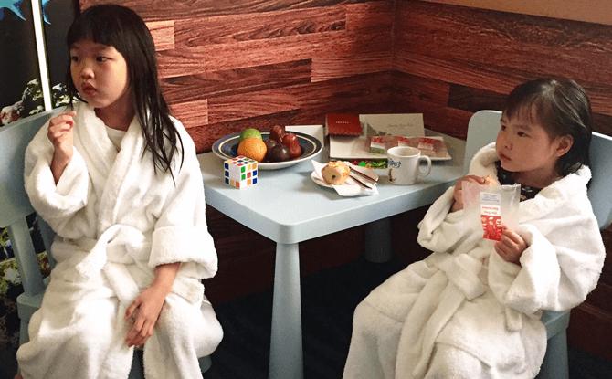Furama RiverFront kids bathrobes