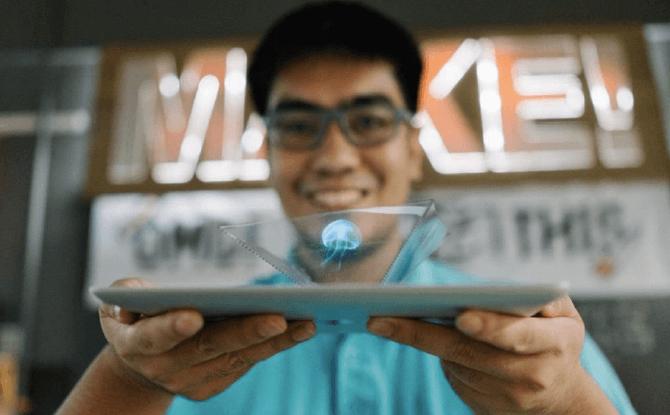 Centrepoint Makers Market hologram kit