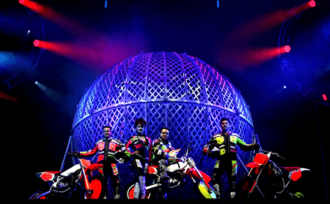 Cirque Adrenaline Marina Bay Sands