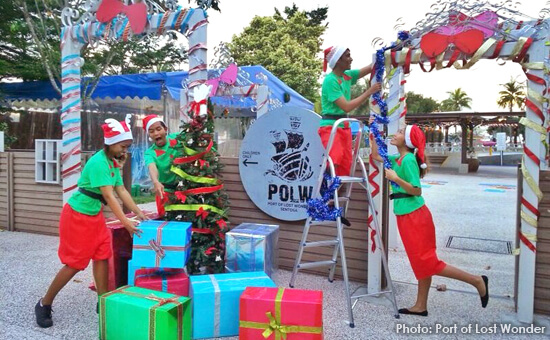 Elves-at-work-at-the-Christmas-Joy-party-550x340