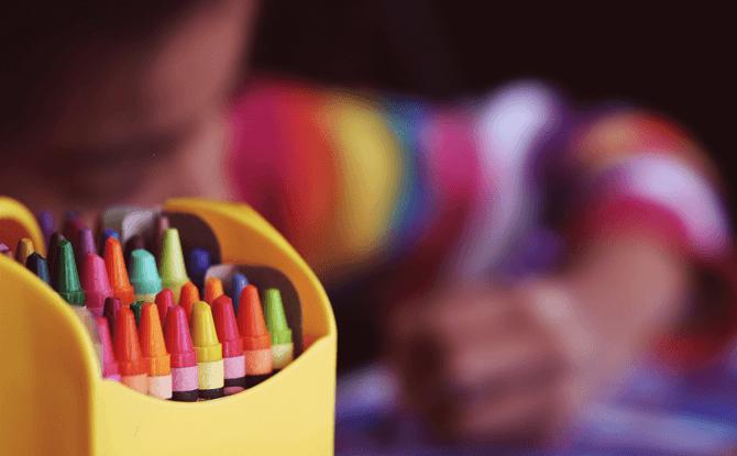 Generic crayons child art craft 1