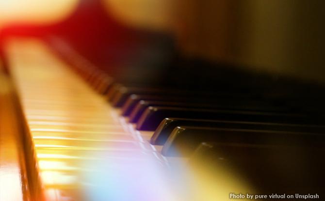 Generic piano keys lights 5