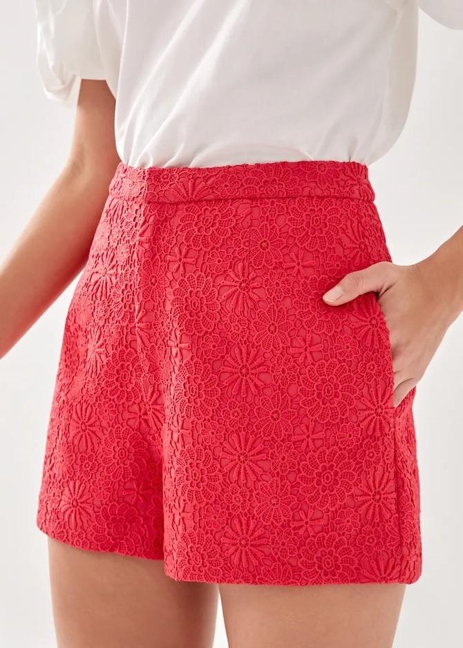 Love, Bonito Almie lace shorts