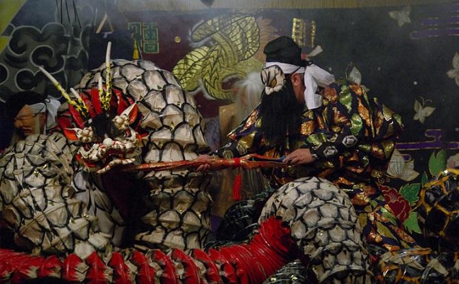 Iwami Kagura: Slaying of the Eight-Headed Serpent
