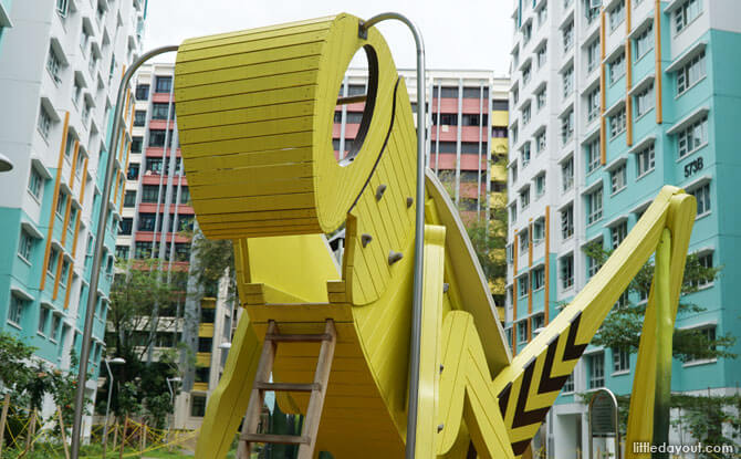 Giant grasshopper playground
