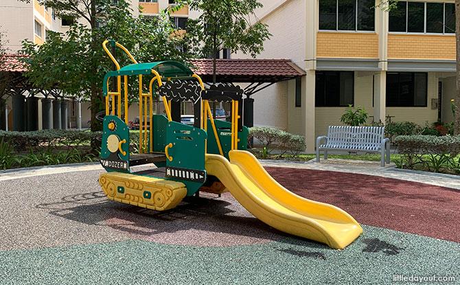 Bulldozer Playground in Simei