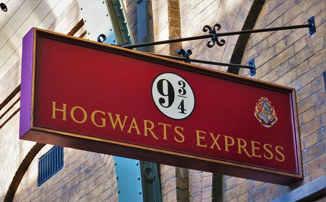 Daniel Radcliffe Reads Harry Potter